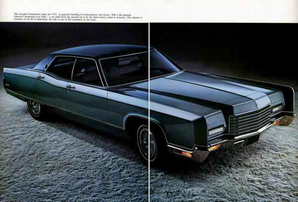 1971 Lincoln Continental-03 amp 04 (800x542)