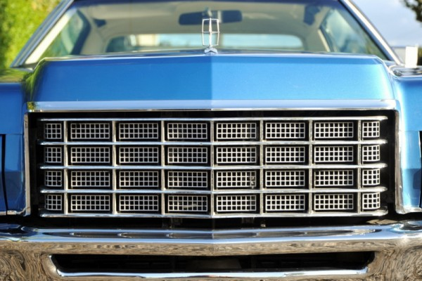 1972LincCoupe022 (800x534)