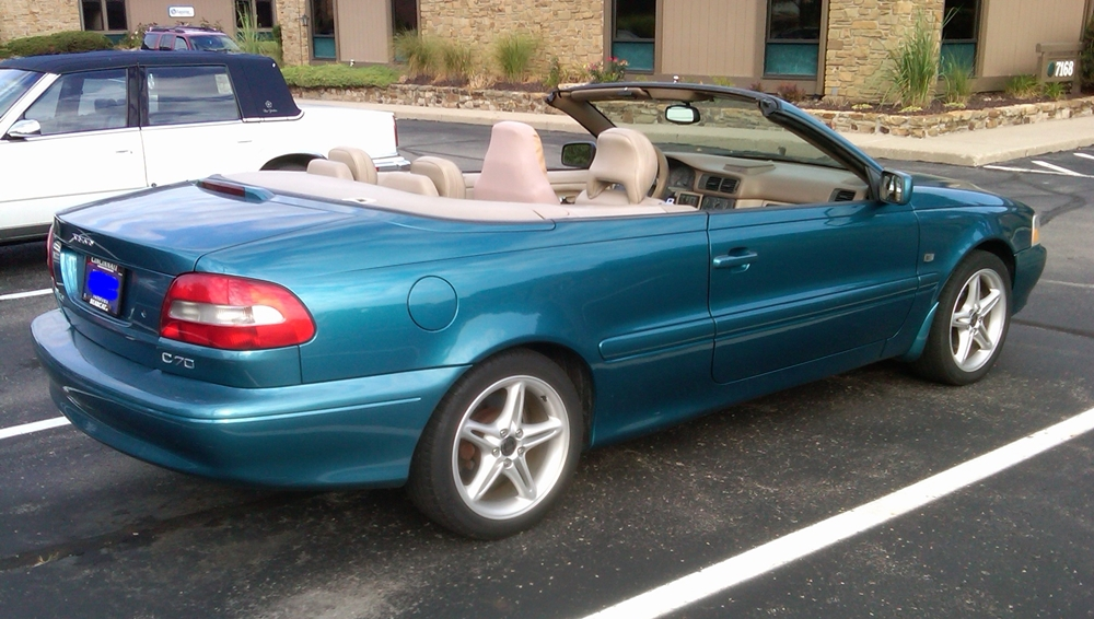 Curbside Classic: 2001 Volvo C70 Convertible – The Sexy