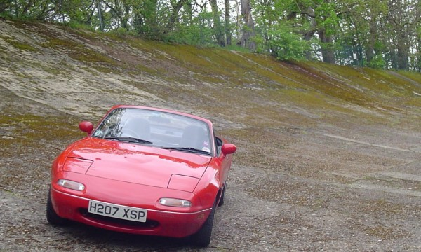 MX-5 on the banking