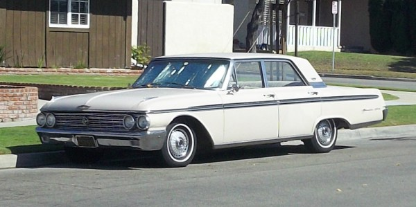 1962 Ford Galaxy 500 front 3 quarter
