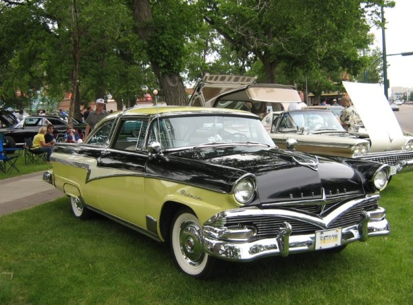 1956 Meteor Rideau Crown