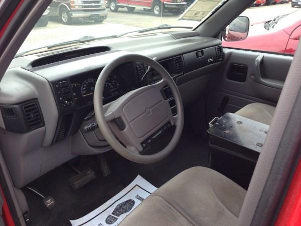 93_caravan_interior