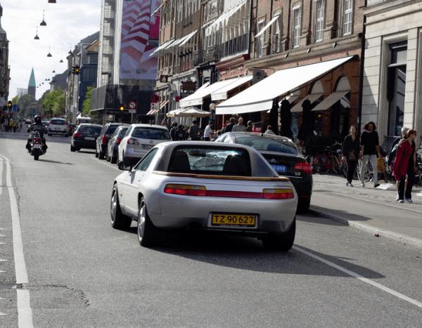 Porsche 928 pickup r