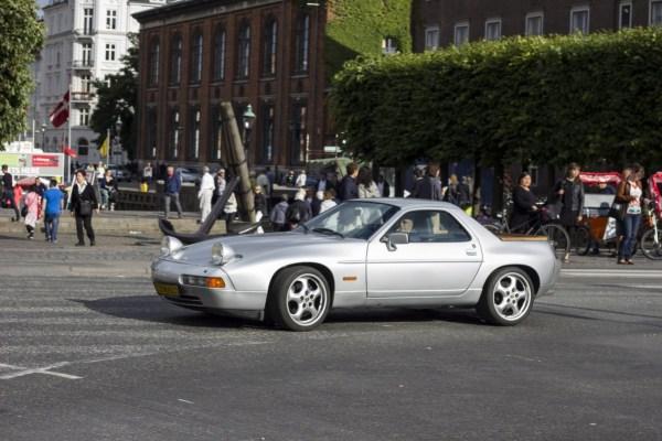 Porsche 928 pickup s