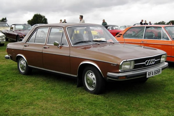 1024px-Audi_100LS_C1_1761cc_first_registered_November_1976