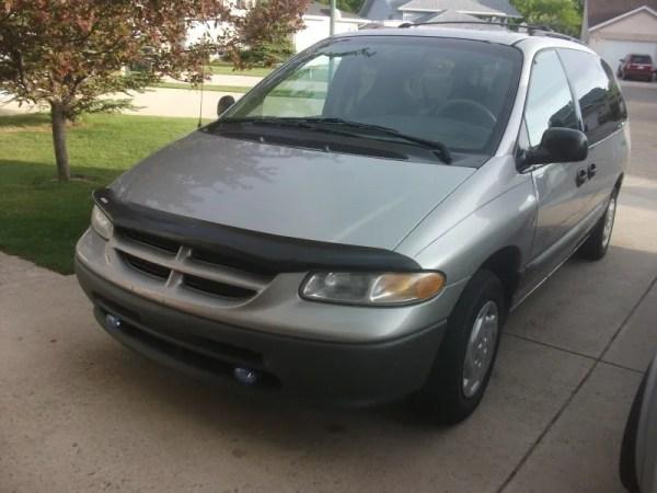 1997 Dodge Grand Caravan (2)