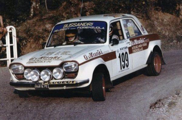 Peugeot-204-Gr2