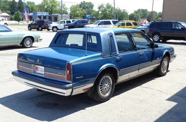 Craigslist Classic 1990 Oldsmobile Niyeight Regency Brougham Rhcurbsideclassic: 1988 Oldsmobile 98 Delco Radio At Elf-jo.com