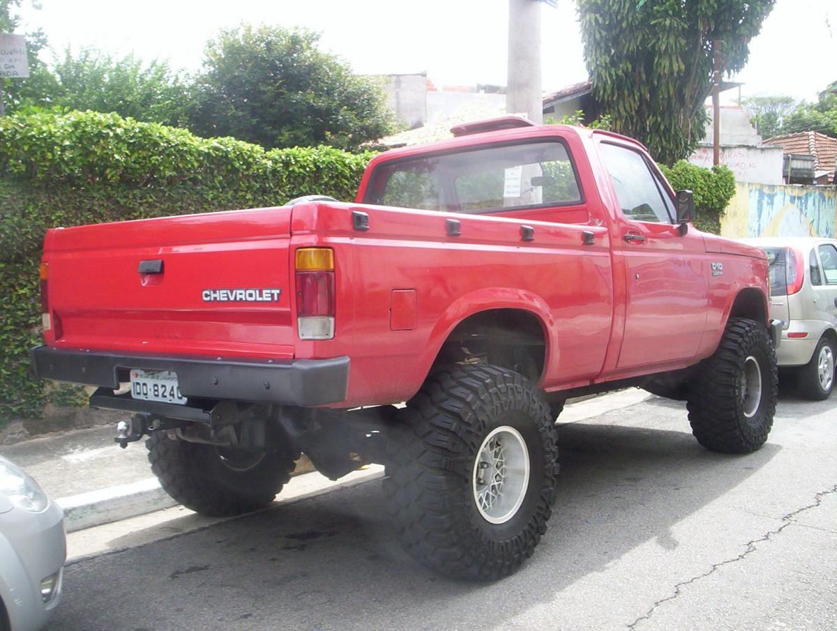Cohort Sighting: 1985-1996 Chevy C10 – Otherworldly