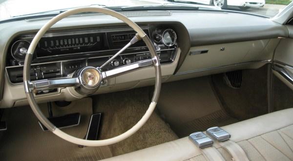 Cadillac 1964 dash