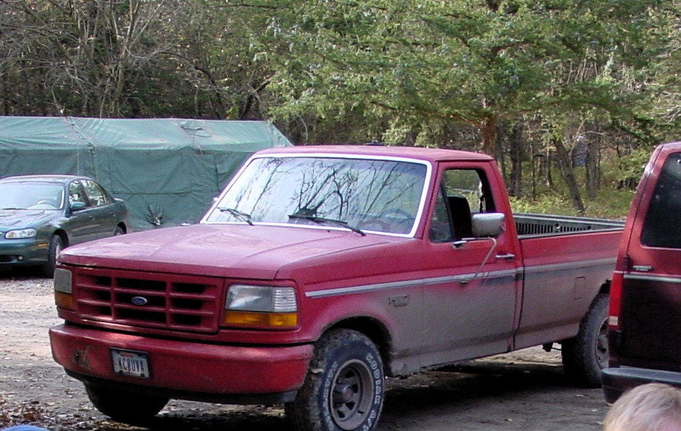 coal 1992 ford f 150 custom one great red truck. Black Bedroom Furniture Sets. Home Design Ideas