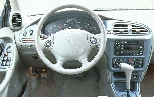 1998_oldsmobile_cutlass_sedan_gls_i_oem_1_500