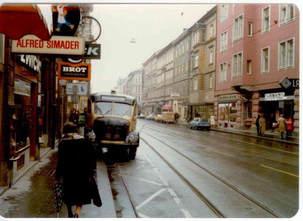 Austria  1980 001 1200 Steyr 380