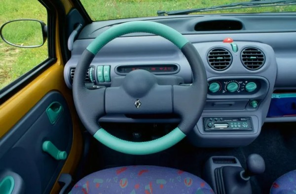 Renault-Twingo-1-Interior-01-720x473