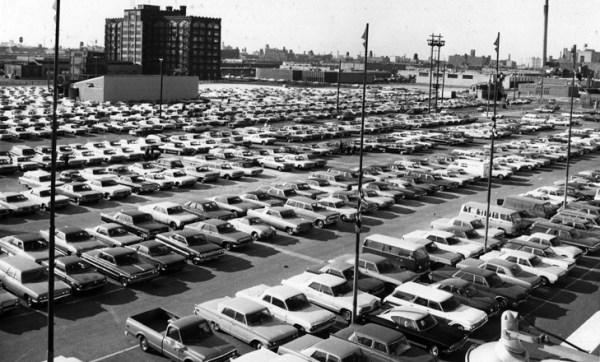 ChicagoAutoShow 1969 _AmphitheatreWeb