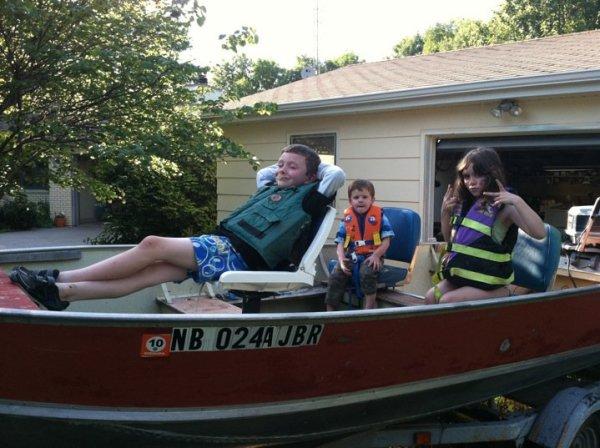 dakota_boat