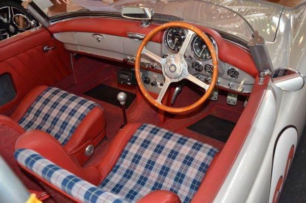 1957 Mercedes Benz 220SL interior