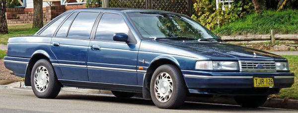 799px-1994_Ford_NC_II_Fairlane_Ghia_sedan_01