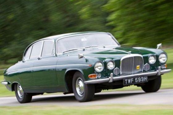 Jaguar-420G-474x316-e3b43a5891b467a5