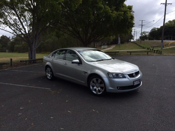 Holden VE Calais (3)