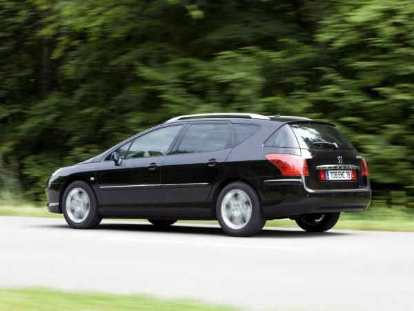 Peugeot_407_Wagon_2008