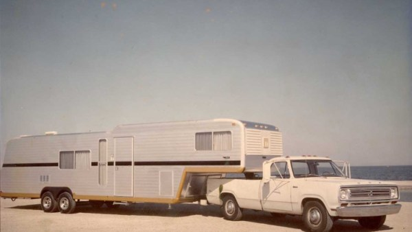 RV fifthe wheel dodge