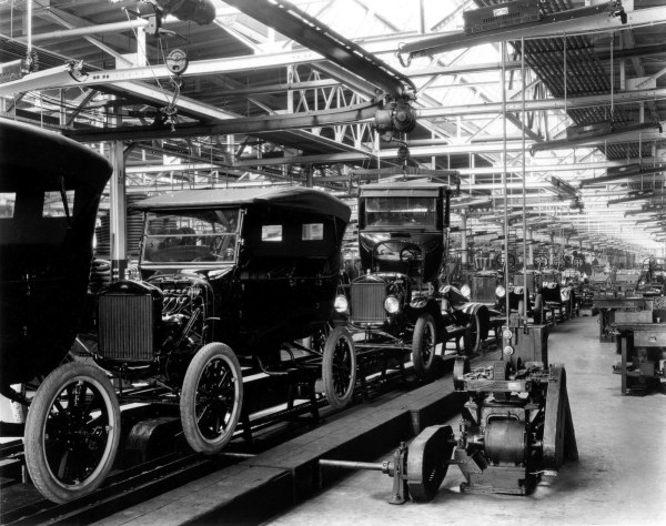 ford T model-t-assembly-line
