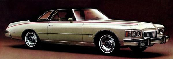 1974 Buick Riviera | Credit: oldcarbrochures.com