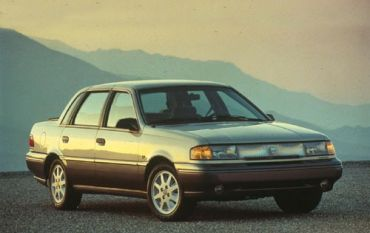 1992_Mercury_Topaz_LS_4dr_Sedan_3714613