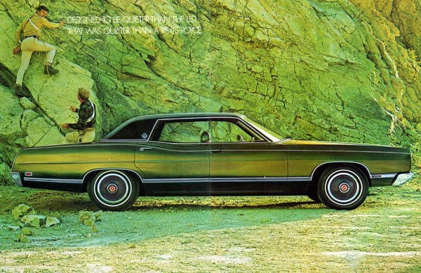 Ford 1969 ltd green