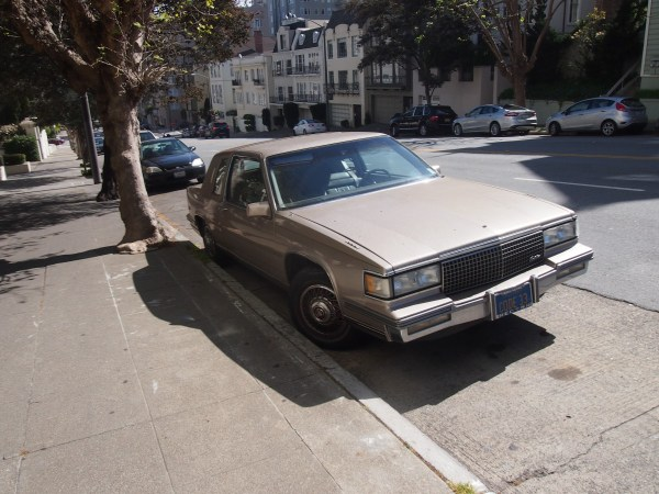 caddy coupe de ville 1980s (1)
