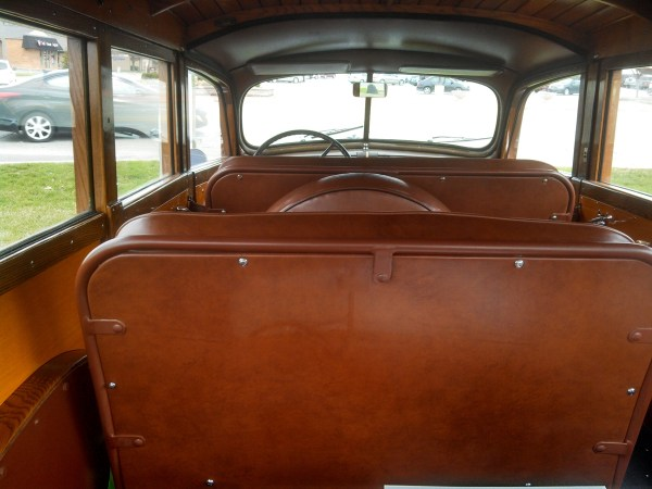 1940Packard110Wagon15
