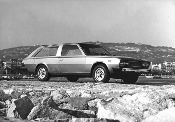 1974_Pininfarina_Fiat_130_Maremma_01