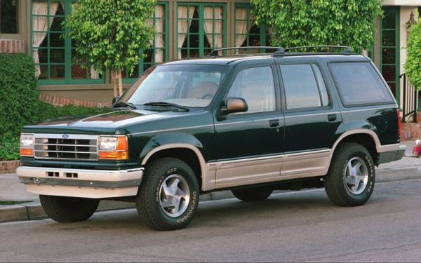1991-ford-explorer-front-three-quarter