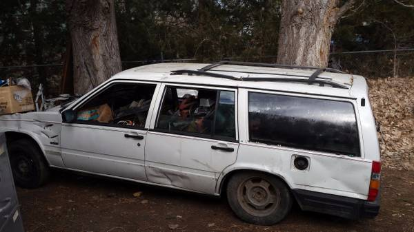 Volvo740WagonScrap