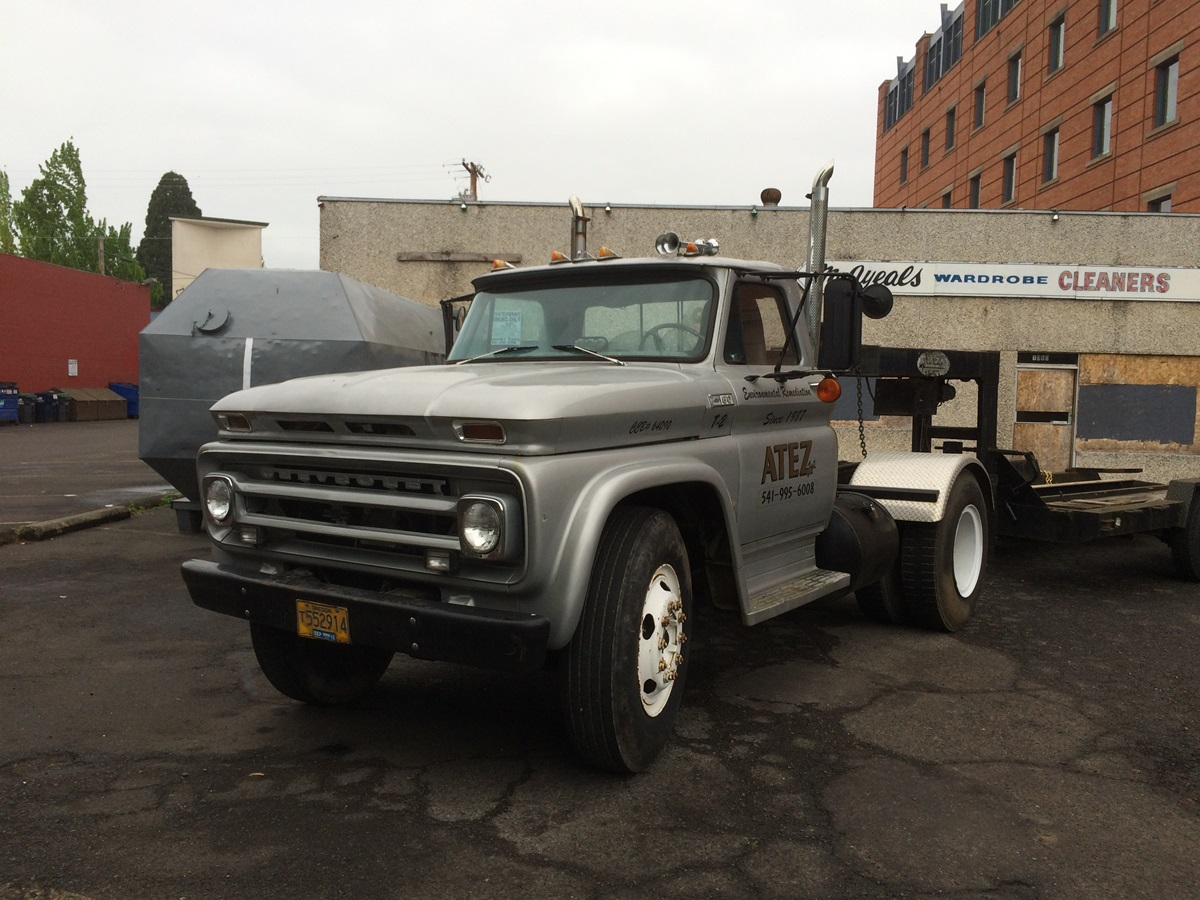 Curbside Classic 1965 Chevrolet C60 Truck Maybe Independent Front