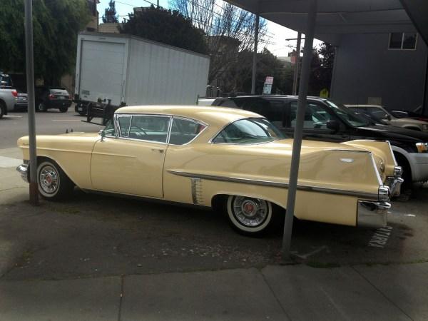 Cadillac 1957 CDV PB side