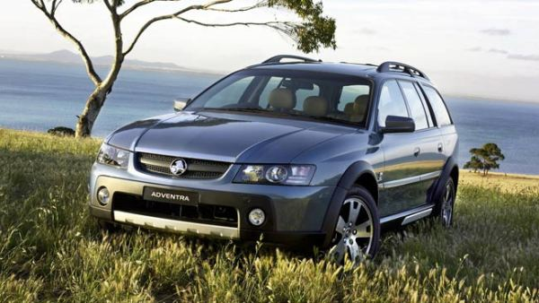 Holden-Adventra-LX6-2005-W