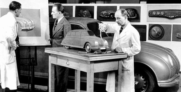 bmw_chief_stylist_meyerhuber_model_builder_schmuck_bmw_335_1940_