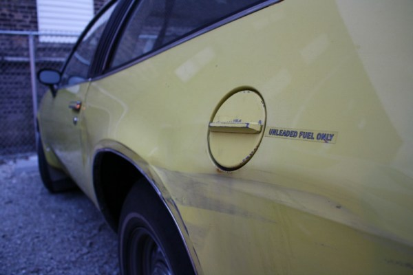 057 - 1975 Oldsmobile Starfire SX