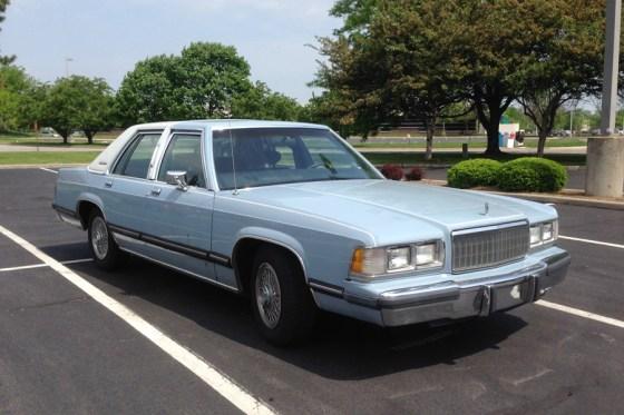 1989 Mercury Grand Marquis b