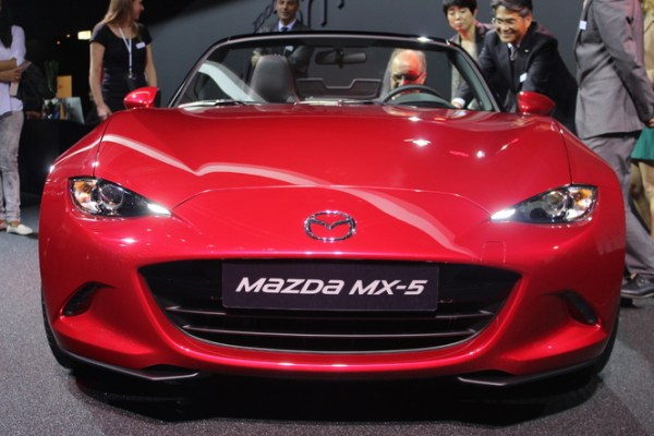 S1-Mazda-MX5-ND-les-moteurs-enfin-En-direct-du-Salon-de-Paris-2014-333588