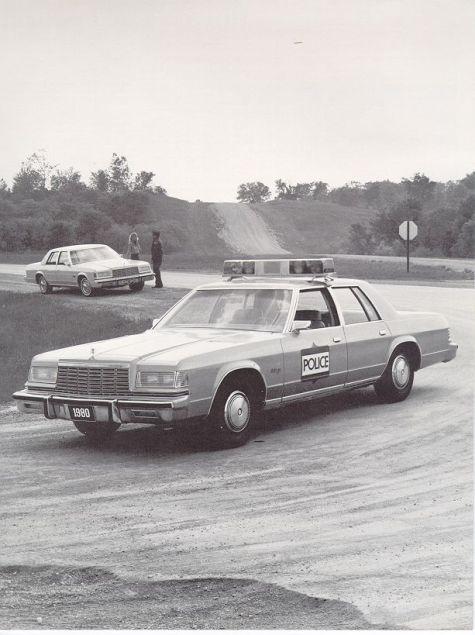 1980 Dodge Police-03