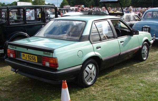 1982_vauxhall_cavalier_1.6SR-2