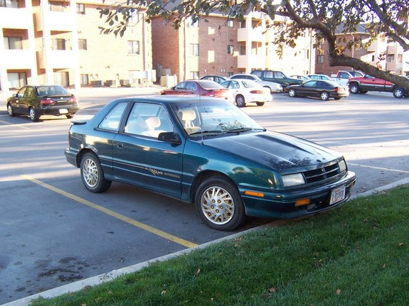 1994 dodge shadow es - photo courtesy of Roehm