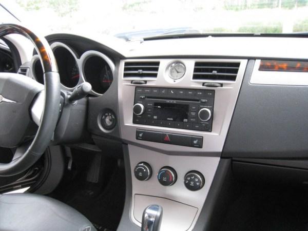 2010_Sebring_interior_1411