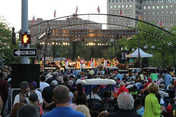 649 - Motown Sound, Back To The Bricks, Downtown Flint, Michigan, August 2013 CC