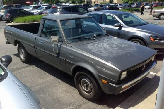 1986 Mitsubishi Mighty Max Sport c