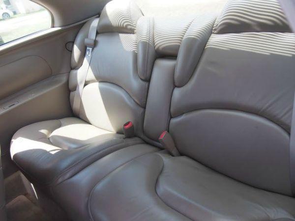 1999 buick riviera interior